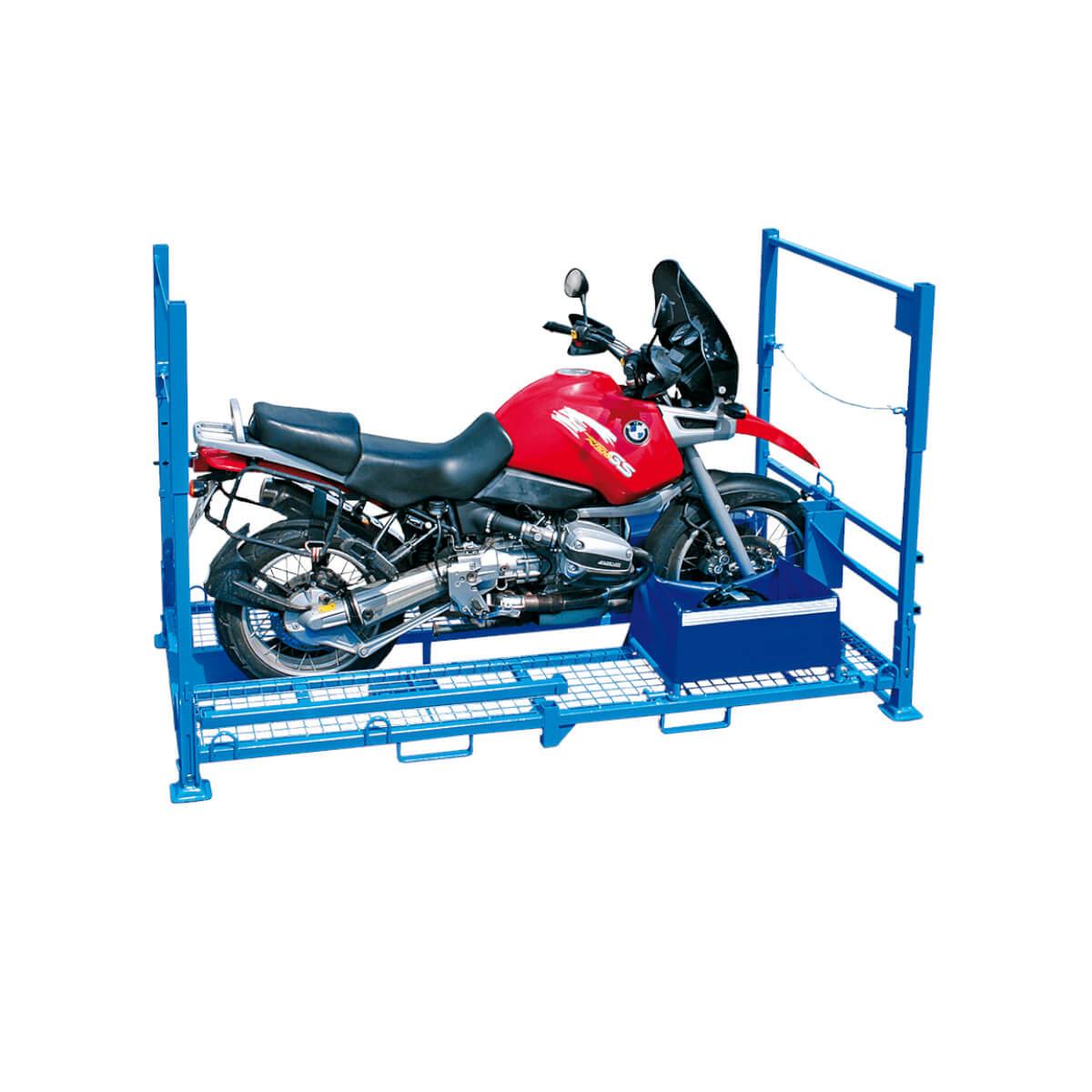 BMW in Motorrad-Transportgestell
